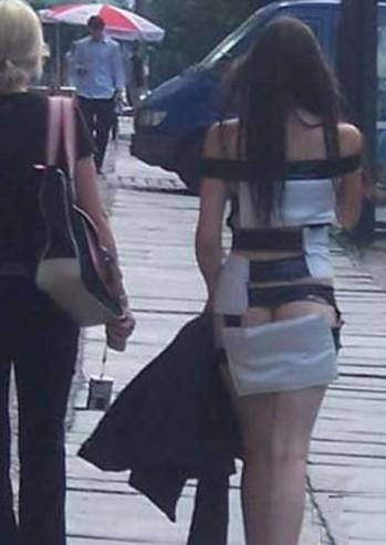 566A5Y6G_女生垫卫生巾的过程_女生用卫生巾过程_女生 ...